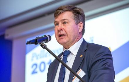 Martti Asunta jatkaa Osuustoiminnan neuvottelukunnan puheenjohtajana