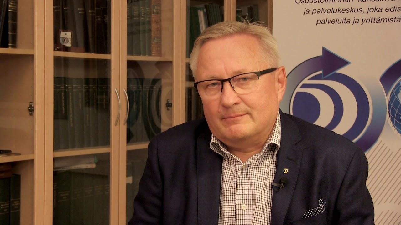 Osuustoimintakeskus Pellervon Näkökulma -videolla Lars Björklöfin katsaus Pellervon syksyyn