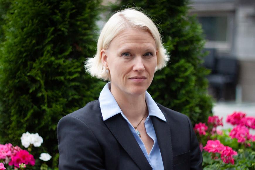 Laura Pentzin aloitti palveluassistenttina Osuustoimintakeskus Pellervossa