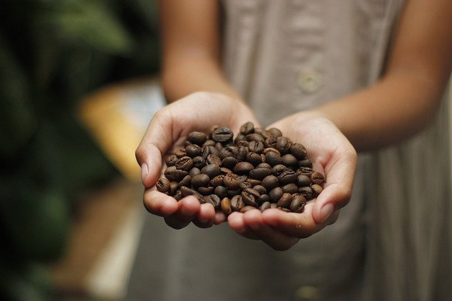 Kaikki S-ryhmän omien merkkien kahvi, tee ja kaakao on nyt vastuullisuussertifioitua